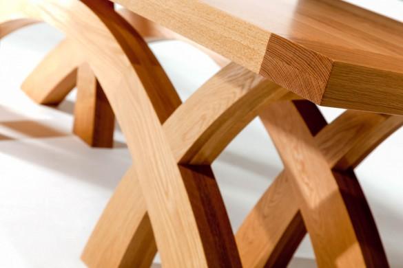 T10b Oak dining table Dunleavy Bespoke_web